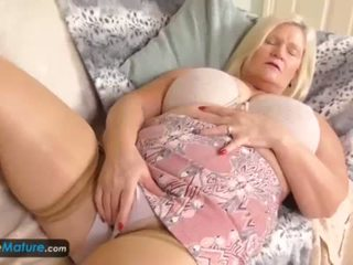 ON EuMature Lacey Cindy 16min compilation <span class=duration>- 16 min</span>