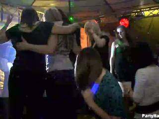 Дівчинки wants для ебать the військова dancer