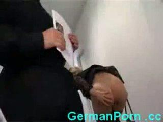 Hemmafru anala kontors