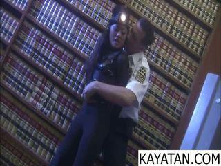 Pinay 悪い 女の子 na dali ng セキュリティ guard