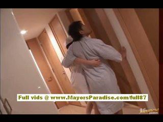 Rio hamasaki asiatico infermiera in uniforme gets fica licked