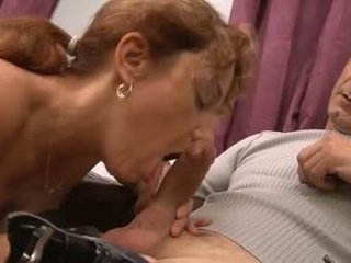 French Mommy Gets Double Fucked