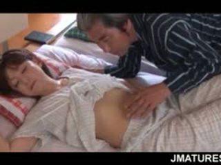 成熟 亚洲人 家庭主妇 given 一 甜 早晨 的阴户 舔