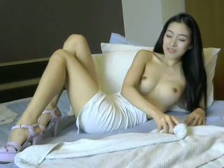 Čánske dievča fucked podľa tučné biele človek