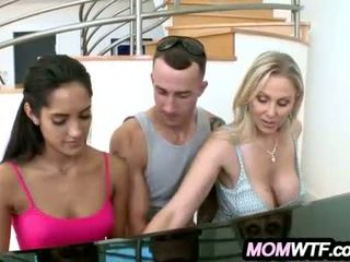Mom And daughter Get Fucked by Monster Cock Julia Ann & Chloe Amour_1.1.wmv