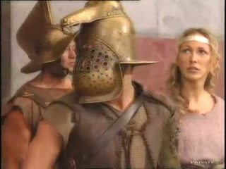 Rita faltoyano avec une gladiator pt2