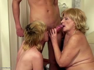Pissing and Fucking in all Holes Between Moms and Sons