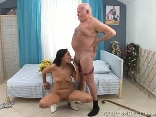 Kirli old man wants some young amjagaz to fuck with his sik