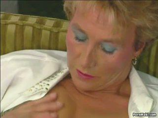 Abuelita tries anal: abuelita anal porno vídeo 34