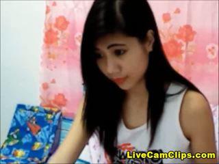Adolescente Asiática