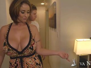 Bigtitted mum eva notty making love