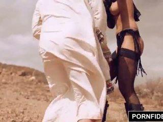 Pornfidelity karmen bella captures putih jago <span class=duration>- 15 min</span>