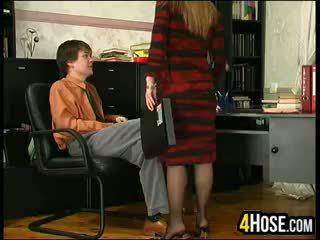 Російська мати трахкав по син в закон