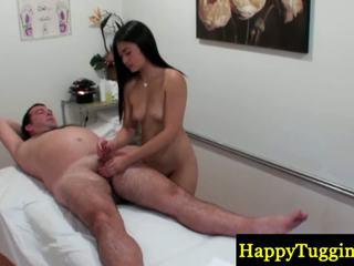实 中国的 masseuse buffs sausage
