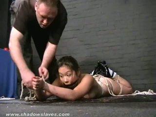 Азиатки води suspension робство и kokos тийн bdsm