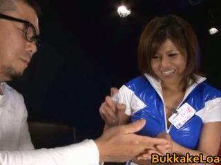 E mrekullueshme lavire pine shizuku receives