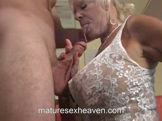 Eski bayan does onu orgazm, ücretsiz the swinging jinekolojik kaza porn