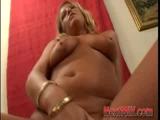 cougar, housewives, dildo