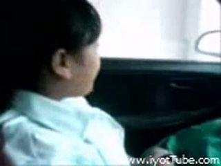 Õpilane teismeline imemine tema bf juures the auto