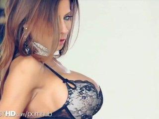 brunett, cunt, stora bröst