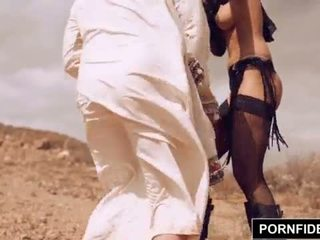 Pornfidelity karmen bella captures baltas varpa <span class=duration>- 15 min</span>