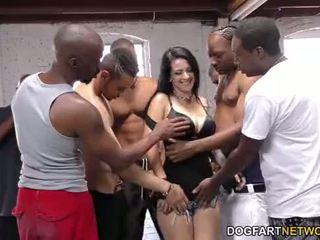 Katrina jade sucks mnoho černý cocks