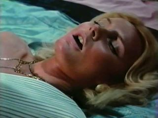 Gator 476: Free Vintage & Blonde Porn Video bc