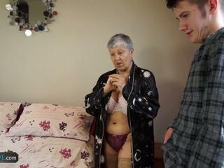 Agedlove おばあちゃん savana ファック とともに 本当に ハード スティック.