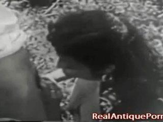 1915 gek antiek openlucht porno!