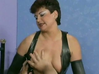 Chubby Mature Loves it, Free Anal Porn Video 5a