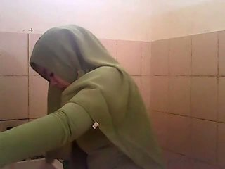 Κατάσκοπος gagal jilbab hijau
