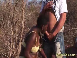 Afrikane deri në fyt safari orgji <span class=duration>- 12 min</span>