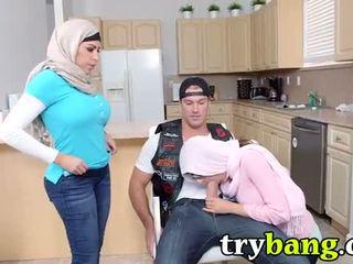 Arab mia khalifa & juliana vega ibu tiri 3way