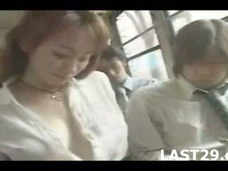 stora bröst, japan, buss