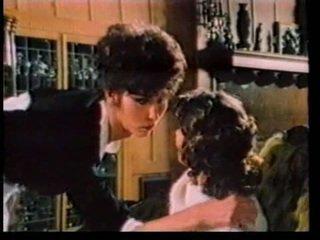 Shemale i dziewczyna vintage petting