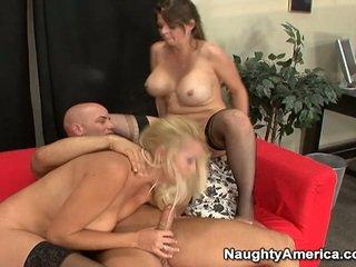 Oustanding tittie 금발의 섹스하고 싶은 중년 여성 있다 성욕을 자극하는 3 약 nearby sons mate