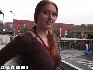 Mofos - kırmızı saç, büyük tüysüz