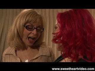 Nina hartley fucks a bbw readhead til ne molemmat kumulat