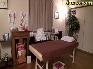 Getrouwd vrouw olie massage salon