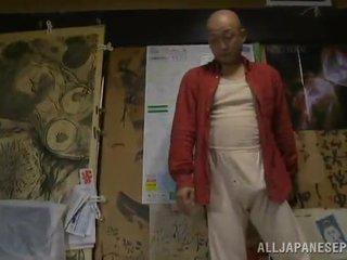 Bigtitted milf has shaged poolt tema bald hubby sisse a magamistuba