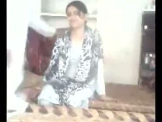 Pakistan çift në kushte shtëpie