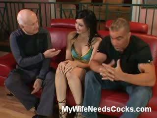 Incroyable femme craves pour boner
