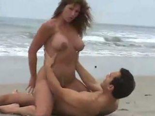 Rica Morena Tetuda, Calenturienta Sexu...