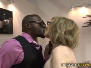 Nina hartley fucks czarne guys na votes