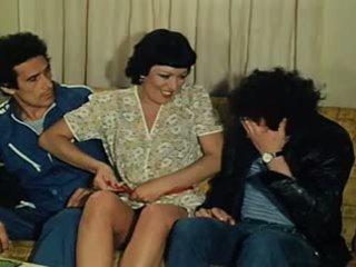 El fontanero su mujer y otras cosas de meter 1981: 포르노를 15