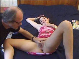 Un vieux se tape une jeune, ingyenes 18 years régi porn videó 92