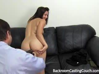 Nursing pelajar pertama anal seks