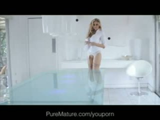 Julia ann - puremature anaal loving milf gets fantasy filled
