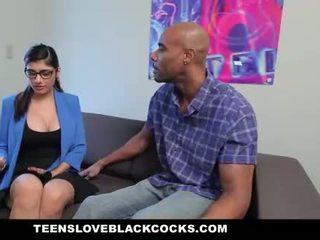 Mia khalifa fucks μεγάλος μαύρος/η καβλί