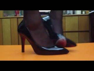 पैर बुत, महिलाओं का दबदबा, चीनी